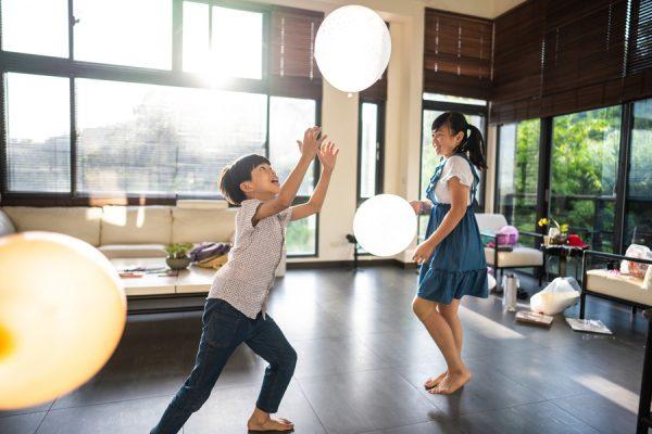 jugando-con-globos